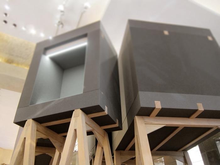 V8designers foam box -